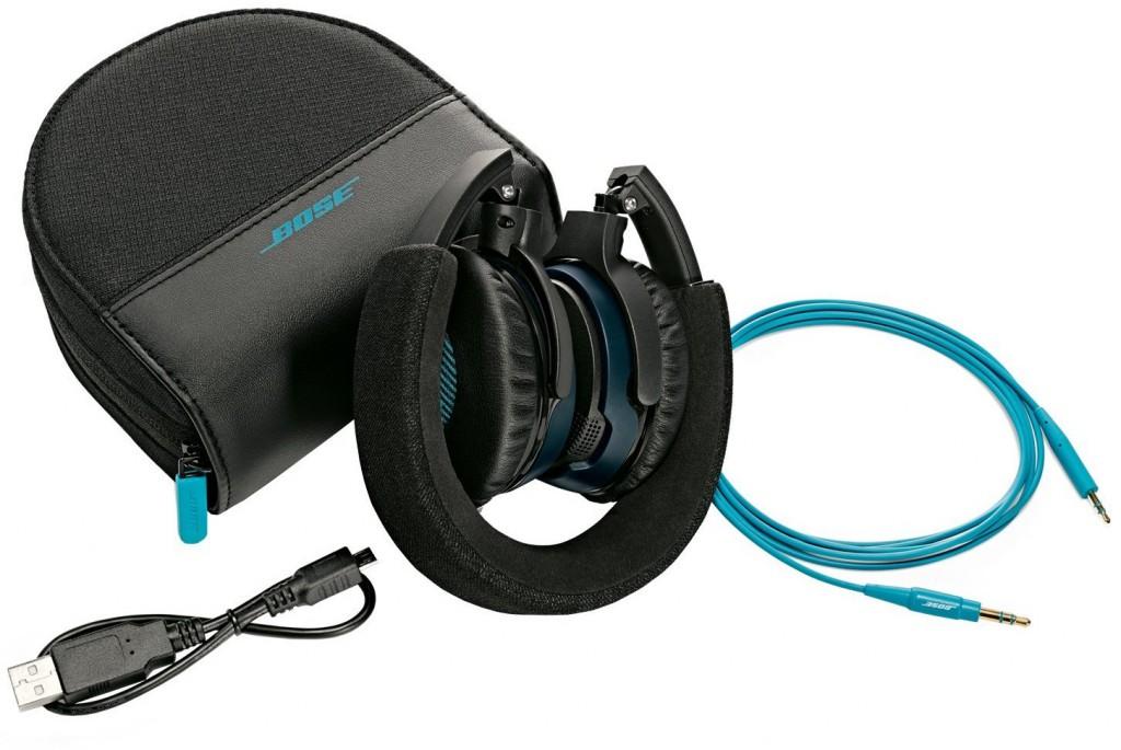 Bose Soundlink On-ear Headphones package