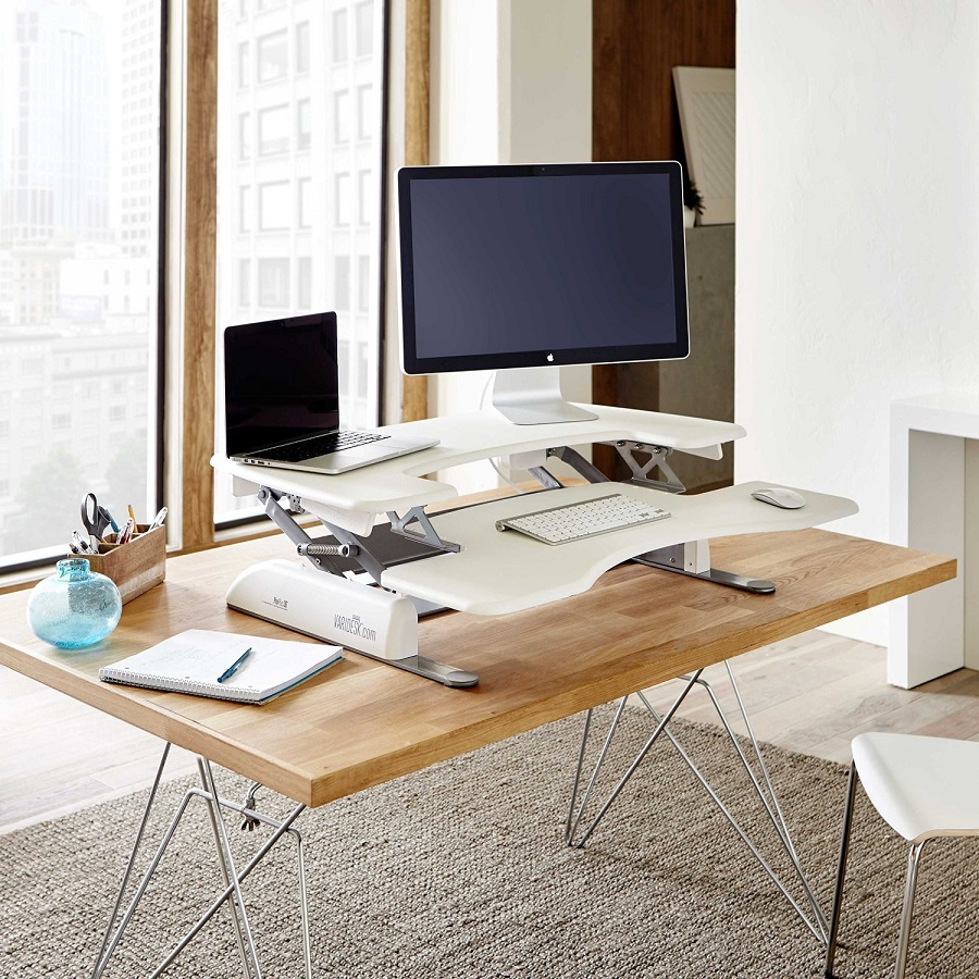 VARIDESK_Height_Adjustable_Standing_desk_walnut_white