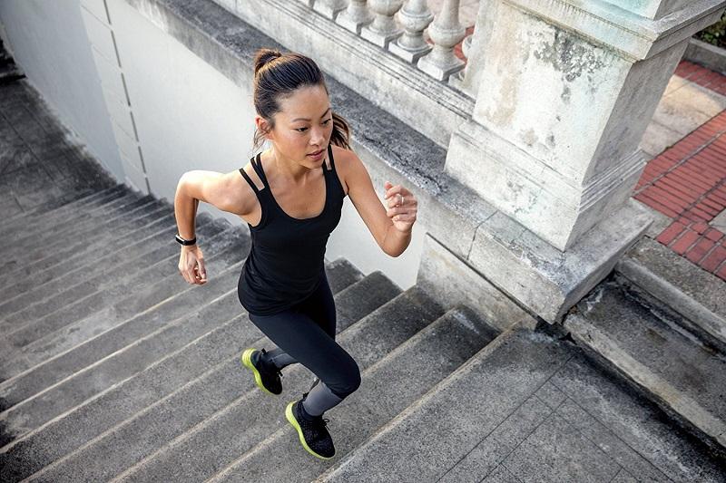 Fitbit-alta-HR-Activity-Tracker