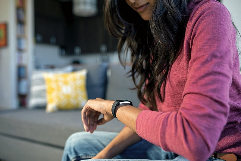 Fitbit-alta-HR-Fitness-Tracker