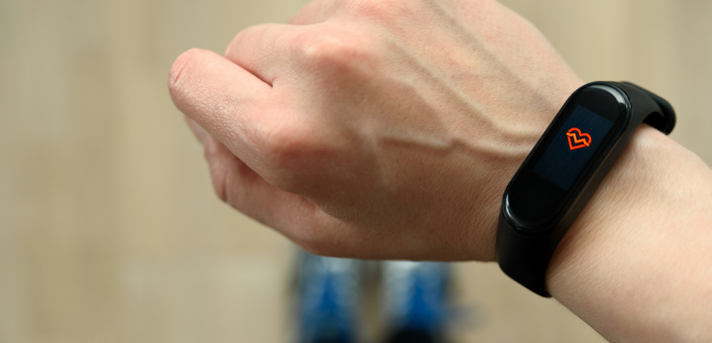 necessary-features-on-the-best-activity-fitness-trackers